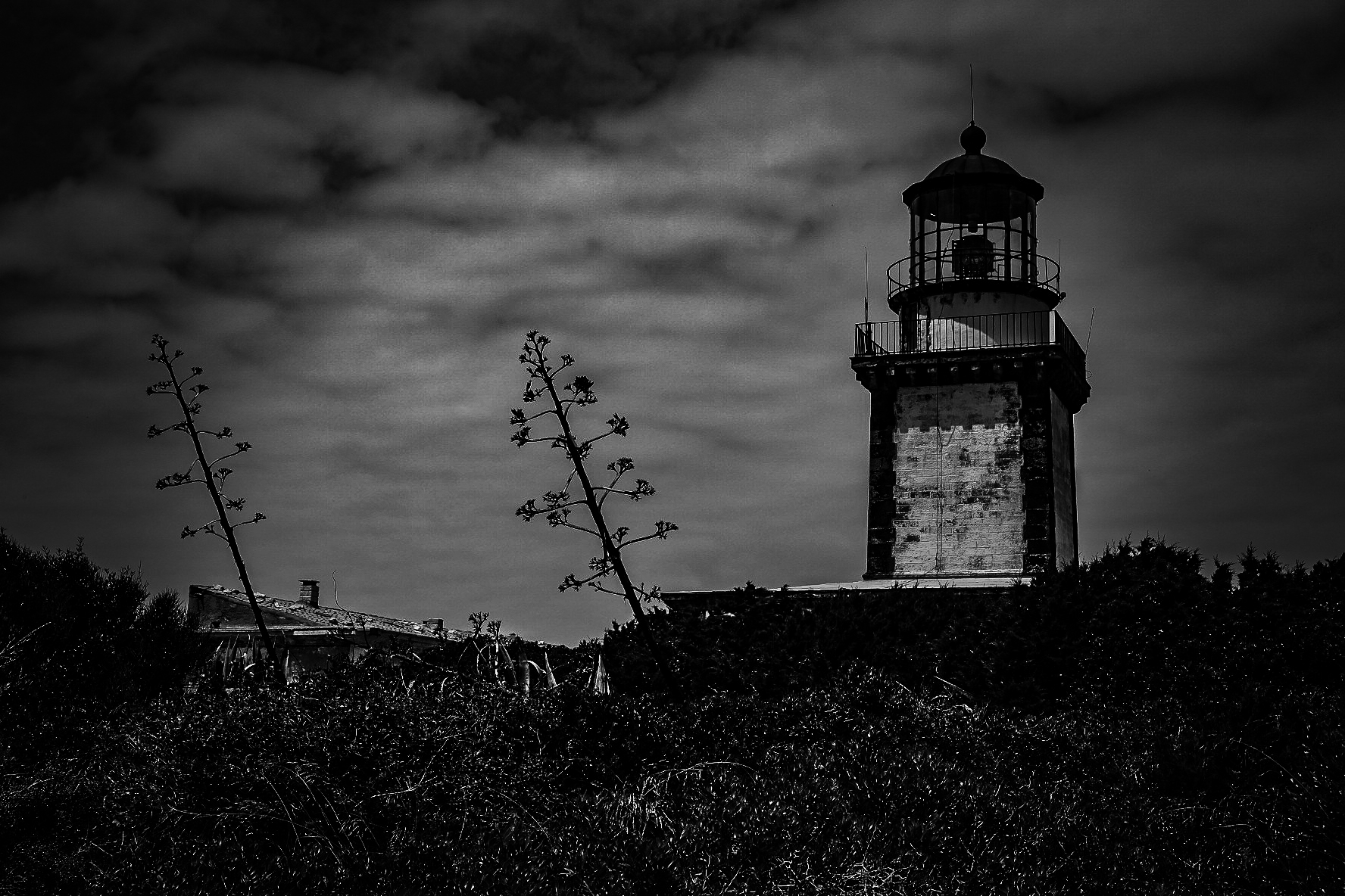 The abandoned lighthouse Vechio...