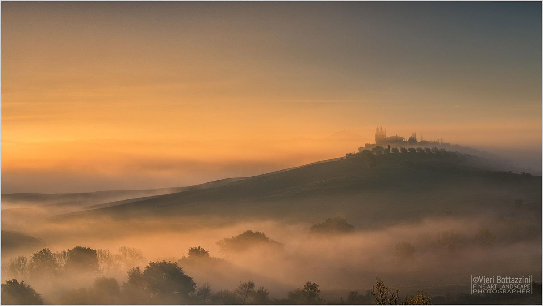 A magical sunrise in Tuscany...